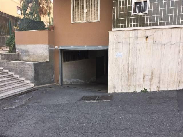 Posto-box auto in Vendita a Catania: 1 locali, 60 mq