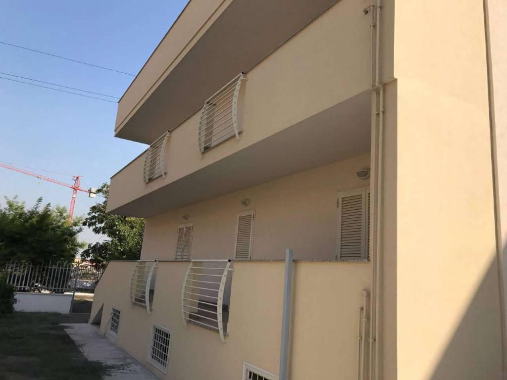 Appartamento in affitto Rif. 8253948