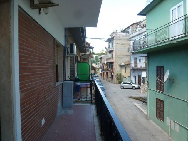 Appartamento in buone condizioni in affitto Rif. 6581960