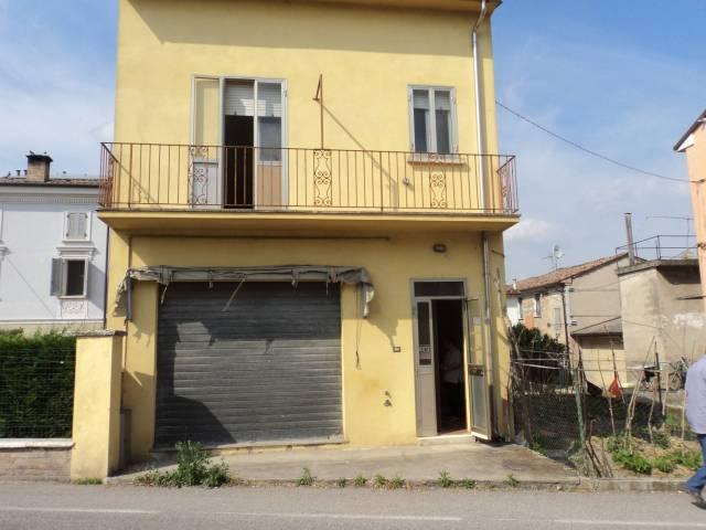 Rustico / Casale in buone condizioni in vendita Rif. 6660686
