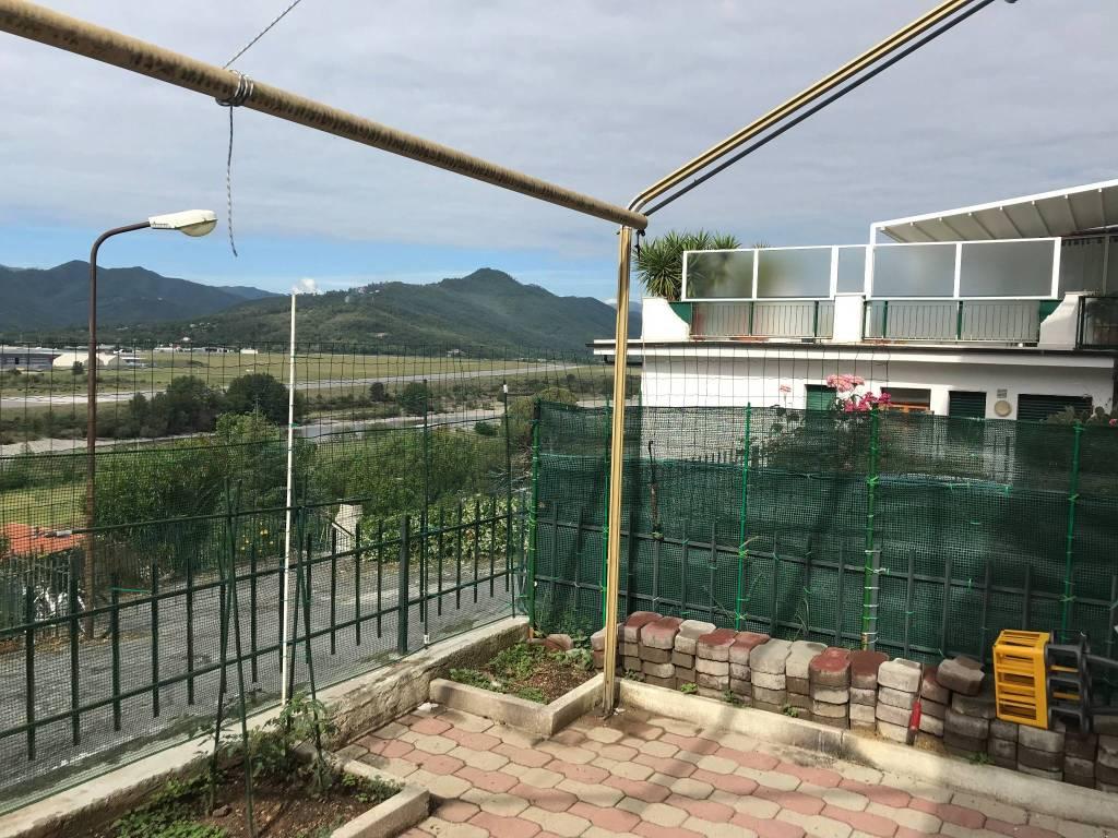 Appartamento in buone condizioni arredato in vendita Rif. 6661034