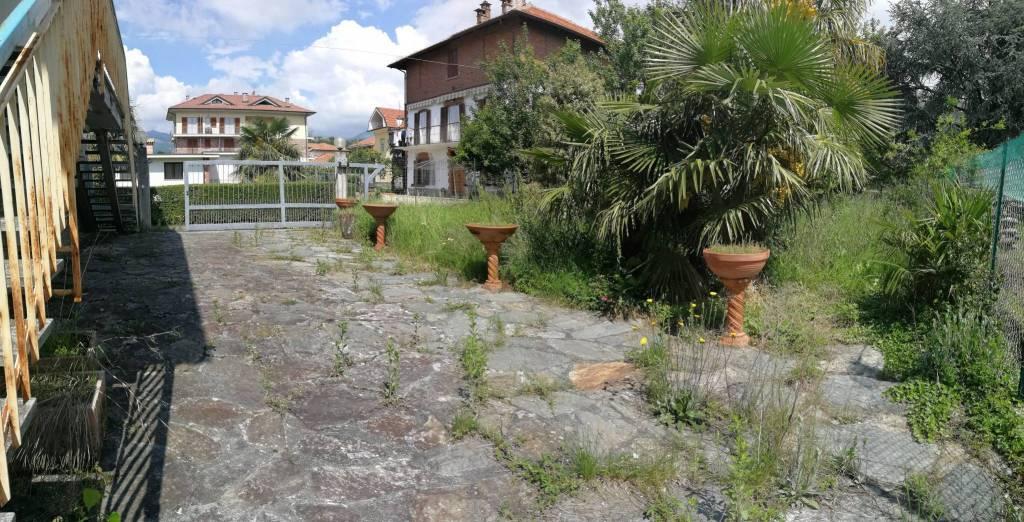 Foto 1 di Villa corso Domenico Borla 9, Balangero