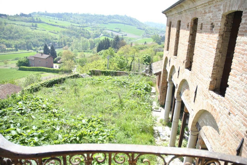 Albergo in vendita a Pecetto di Valenza, 6 locali, prezzo € 4.000.000 | CambioCasa.it