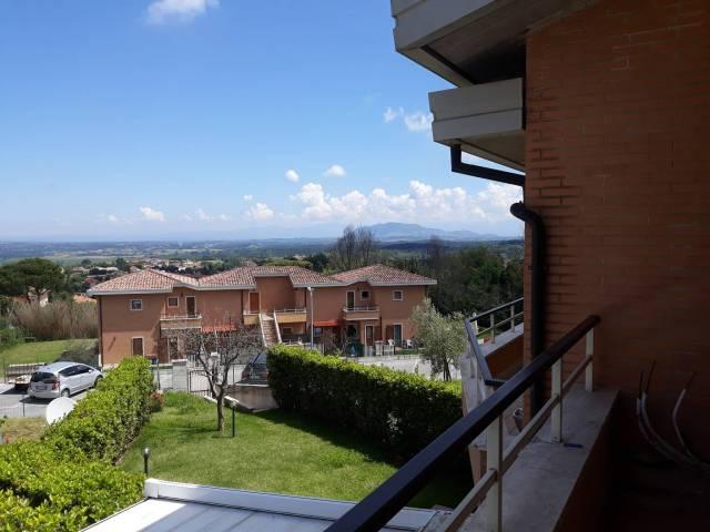 Appartamento in ottime condizioni parzialmente arredato in vendita Rif. 6660813