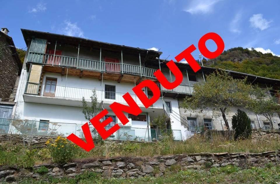 Foto 1 di Casa indipendente Borgata Porte, Massello