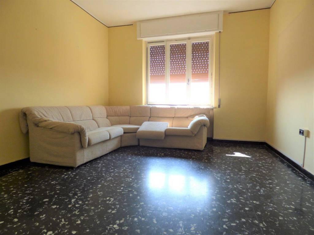 Appartamento da ristrutturare in vendita Rif. 9156728