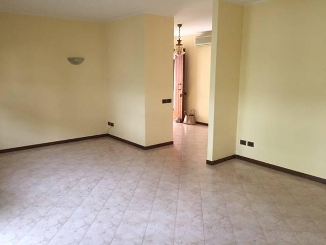 Villa in vendita a Pravisdomini, 6 locali, prezzo € 230.000 | CambioCasa.it