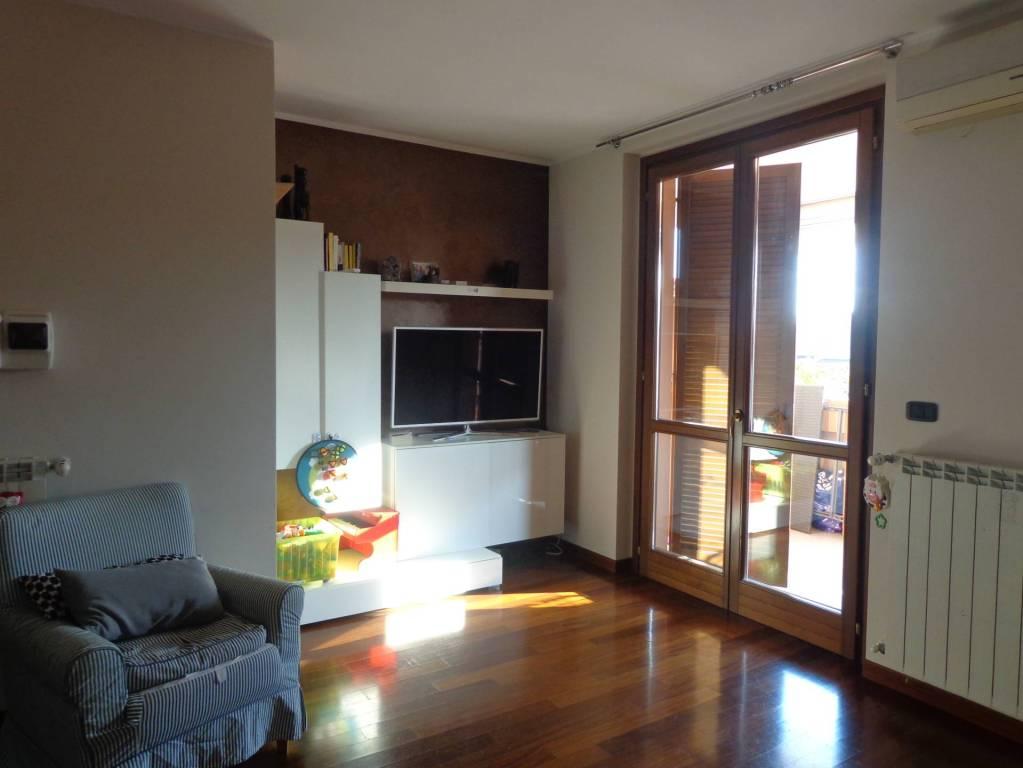 Appartamento in vendita a Trezzo sull'Adda, 3 locali, prezzo € 149.000 | PortaleAgenzieImmobiliari.it