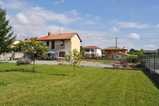 Villa in buone condizioni in vendita Rif. 6660828
