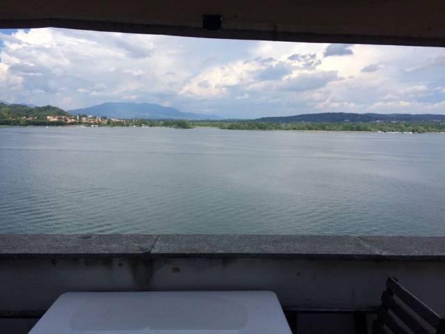 Attico fronte Lago.