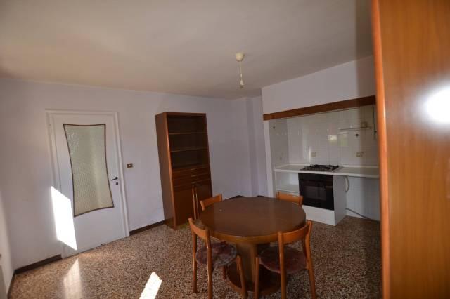 Villa da ristrutturare parzialmente arredato in vendita Rif. 6665100