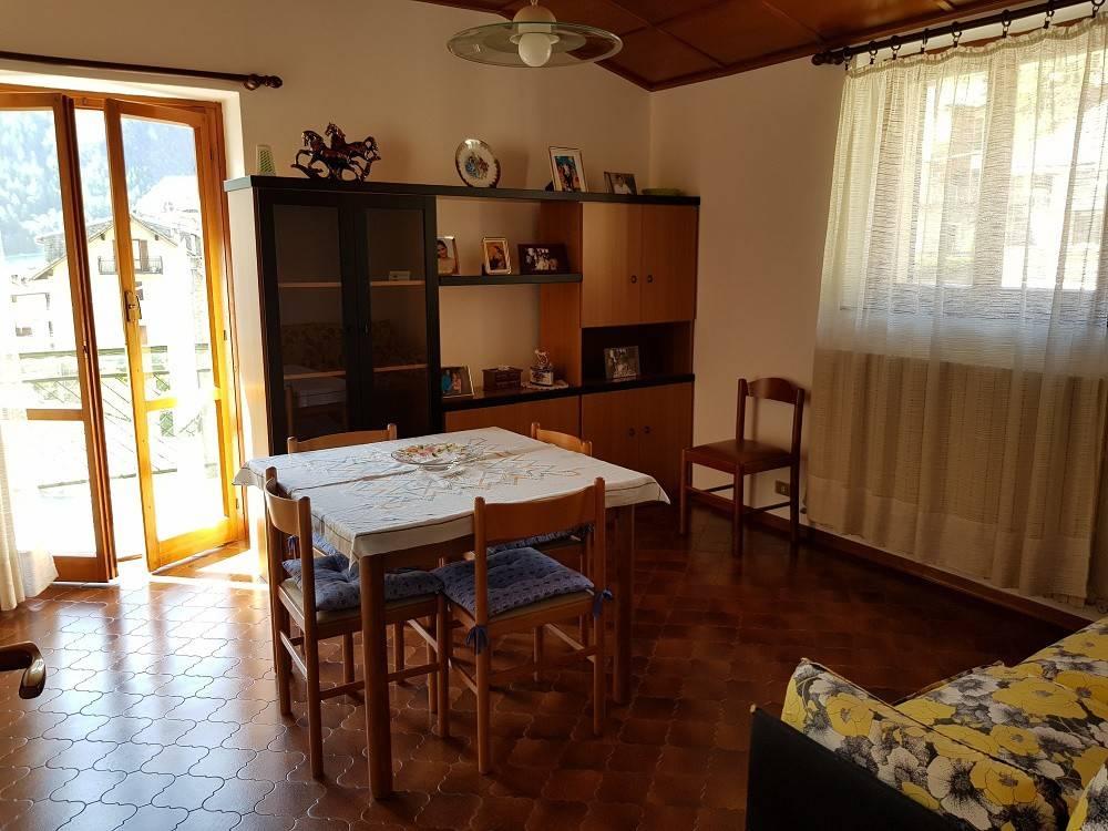 Appartamento quadrilocale in vendita a Chiesa in Valmalenco (SO)