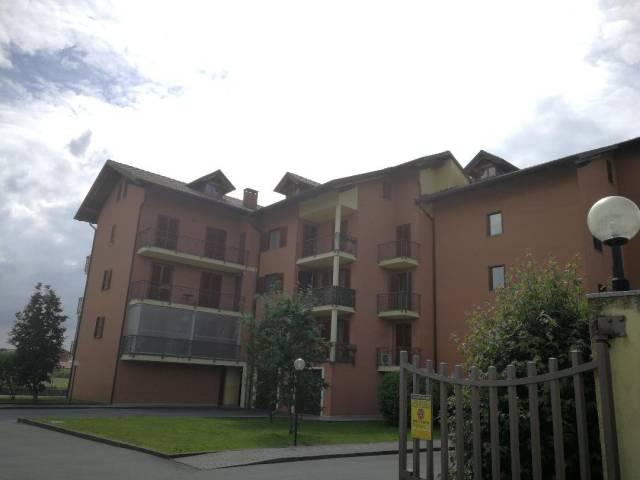 Appartamento in ottime condizioni parzialmente arredato in affitto Rif. 6679999