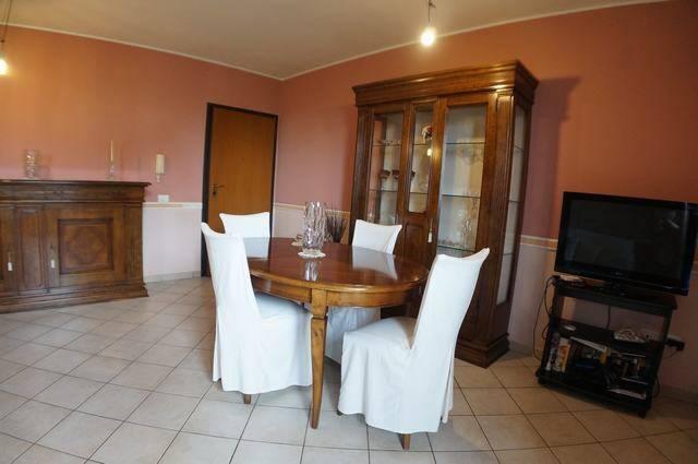 Appartamento in ottime condizioni in vendita Rif. 6680735