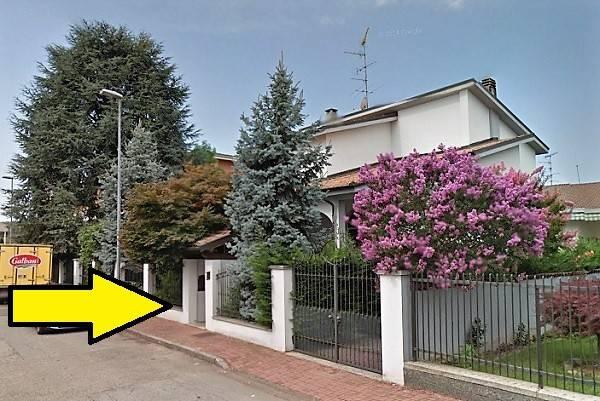 Villa in buone condizioni in vendita Rif. 6726406