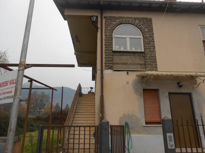 Villa in vendita a Patrica, 9999 locali, Trattative riservate | CambioCasa.it