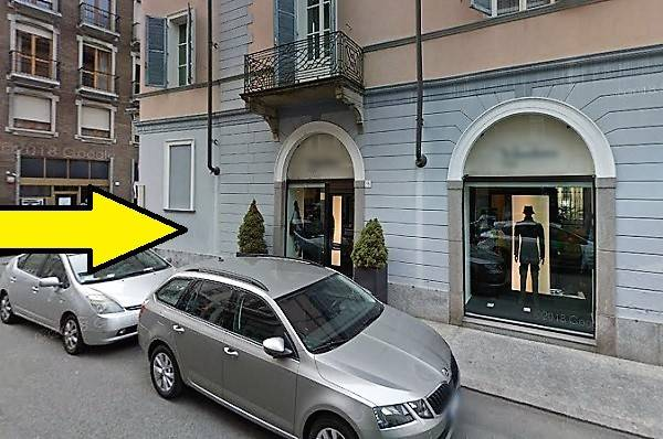 Negozio / Locale in Vendita a Vercelli