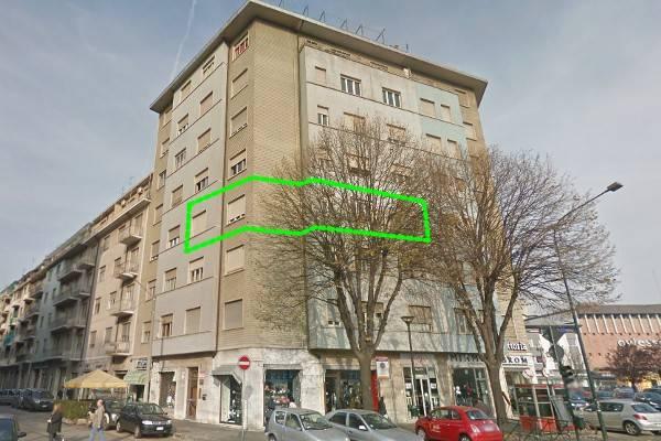 Appartamento in vendita a Torino, 4 locali, zona Zona: 7 . Santa Rita, prezzo € 160.000 | CambioCasa.it