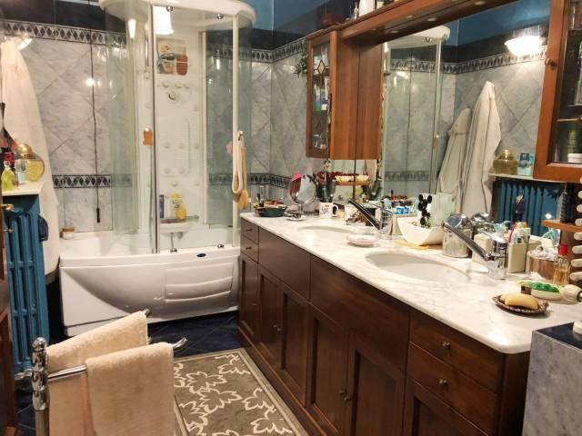 Appartamento in ottime condizioni in vendita Rif. 6679663