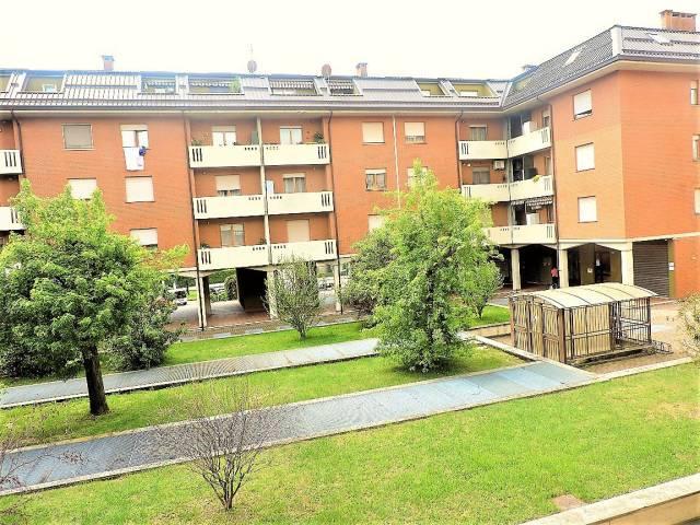 Appartamento in buone condizioni in vendita Rif. 6684426