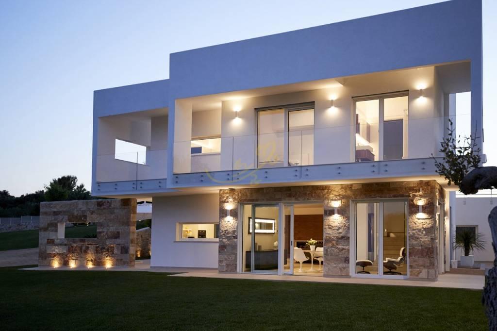 Villa in ottime condizioni arredato in vendita Rif. 6680168