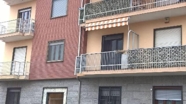 Appartamento in ottime condizioni in vendita Rif. 6696471