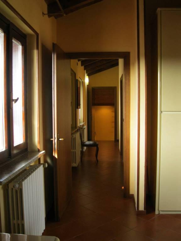 Appartamento in buone condizioni in vendita Rif. 6697199