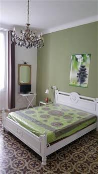 Appartamento in buone condizioni arredato in affitto Rif. 9108160