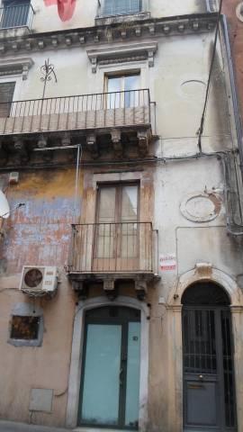 Appartamento da ristrutturare in vendita Rif. 6694378