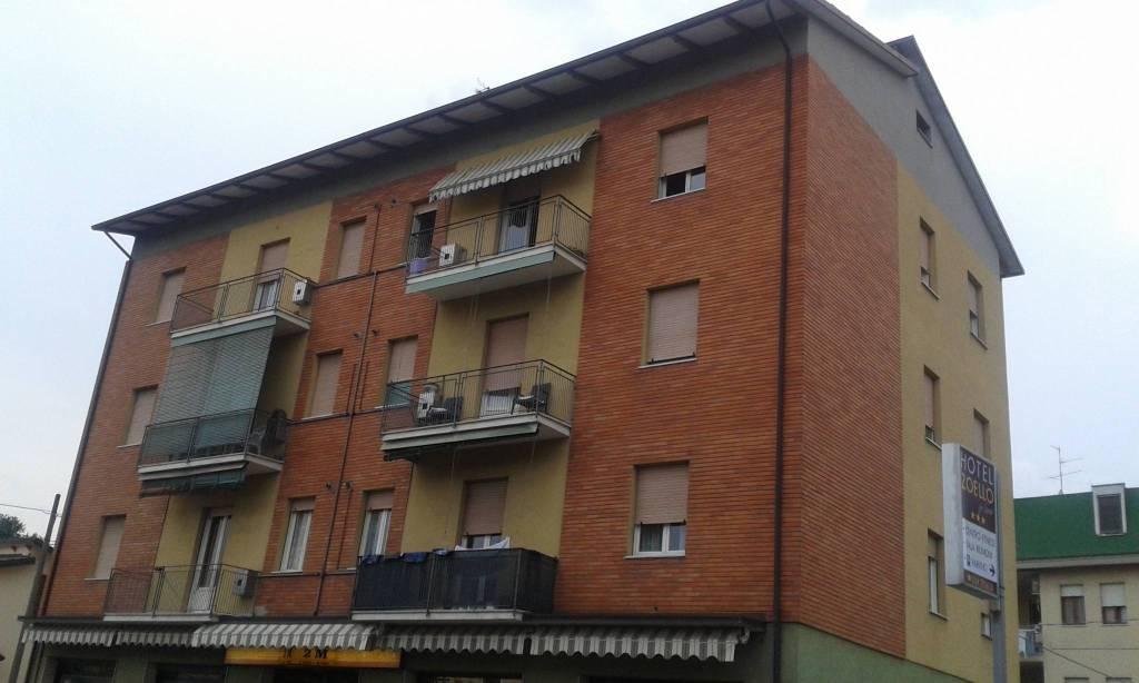 Appartamento in buone condizioni in vendita Rif. 7768422