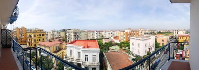Appartamento in buone condizioni in affitto Rif. 6696951