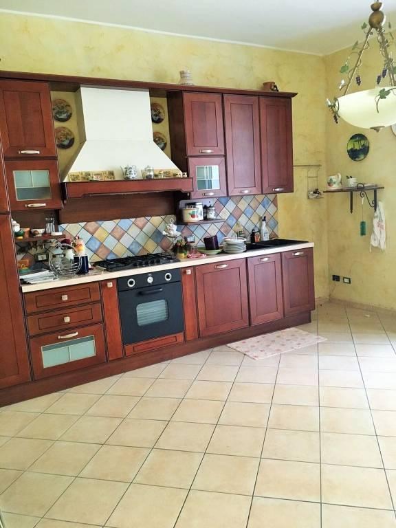 Appartamento in ottime condizioni in vendita Rif. 8467666