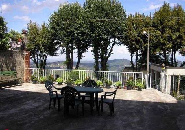 Casa indipendente in Vendita a Acqui Terme: 5 locali, 400 mq