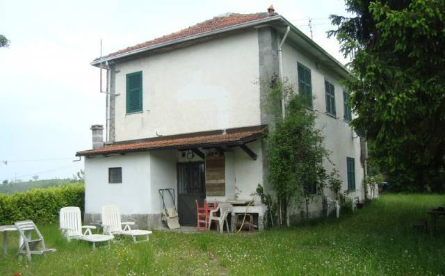 Casa indipendente in Vendita a Acqui Terme: 5 locali, 170 mq