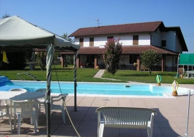 Villa in Vendita a Ovada: 5 locali, 250 mq