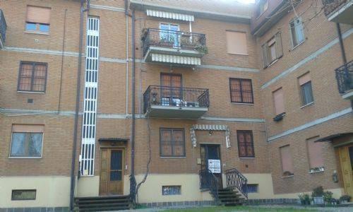 Appartamento in buone condizioni in vendita Rif. 7768425