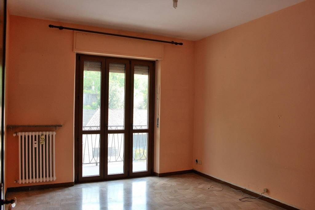 Appartamento in buone condizioni in vendita Rif. 6697567