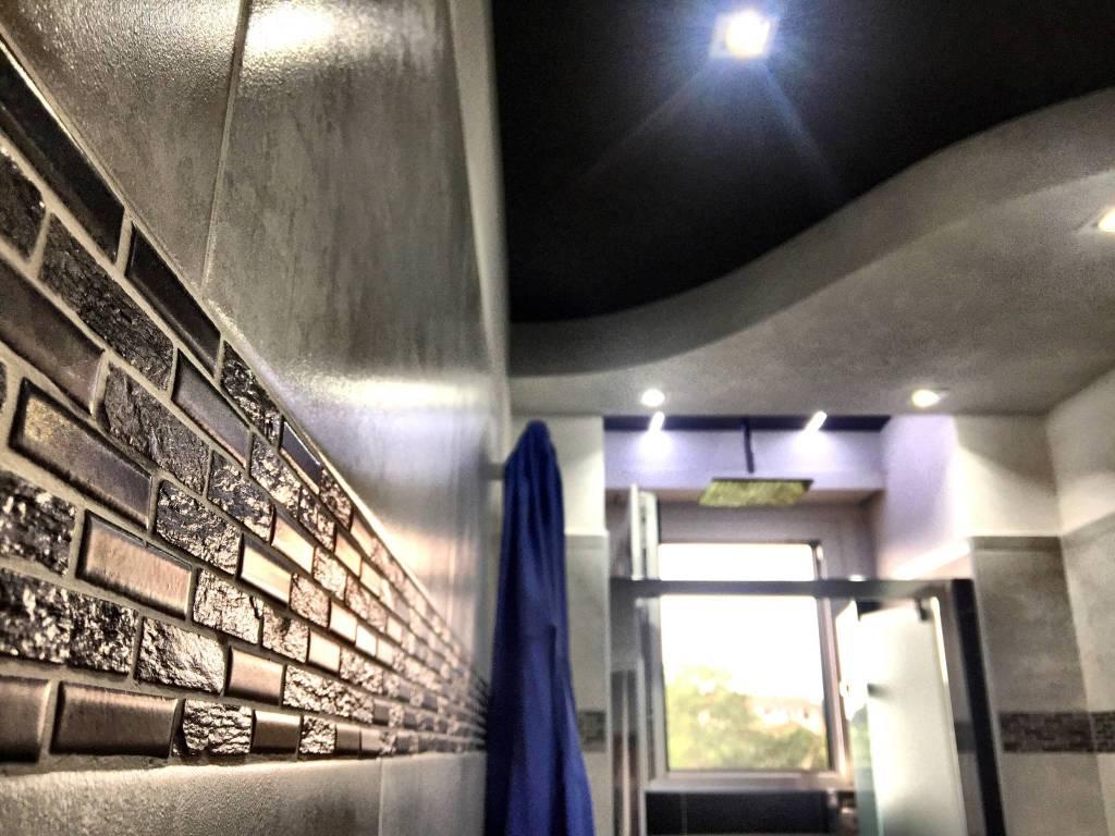 Appartamento in ottime condizioni in vendita Rif. 9425023