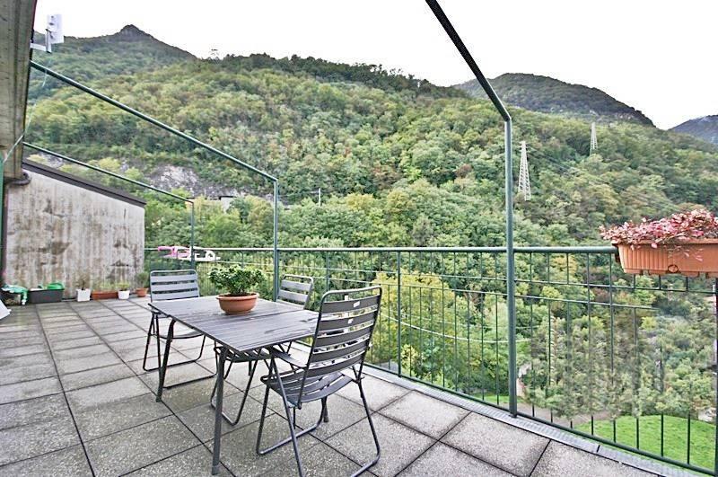 Appartamento in vendita a Erba, 4 locali, prezzo € 205.000 | PortaleAgenzieImmobiliari.it