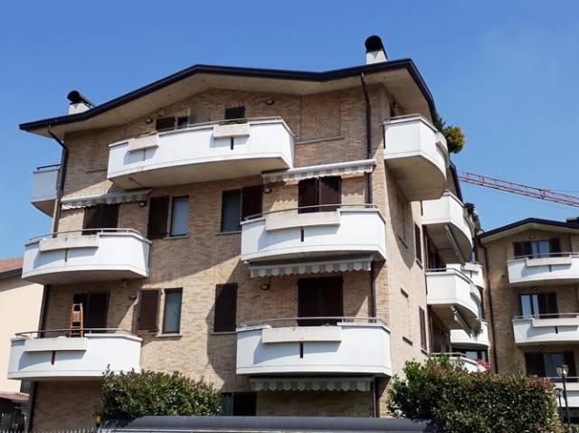 Appartamento in buone condizioni in vendita Rif. 6695579