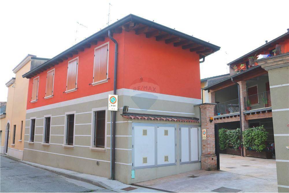 Appartamento in vendita a Leno, 2 locali, prezzo € 69.000 | CambioCasa.it