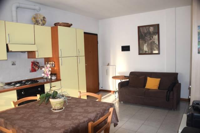 Appartamento in buone condizioni in vendita Rif. 7058922