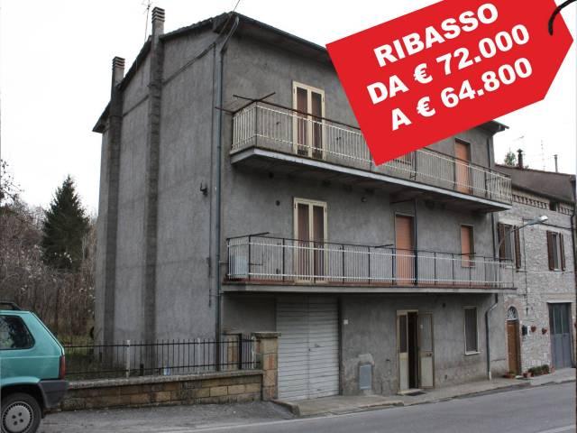 Appartamento in buone condizioni in vendita Rif. 5595168