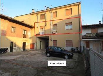 Appartamento da ristrutturare in vendita Rif. 8427486
