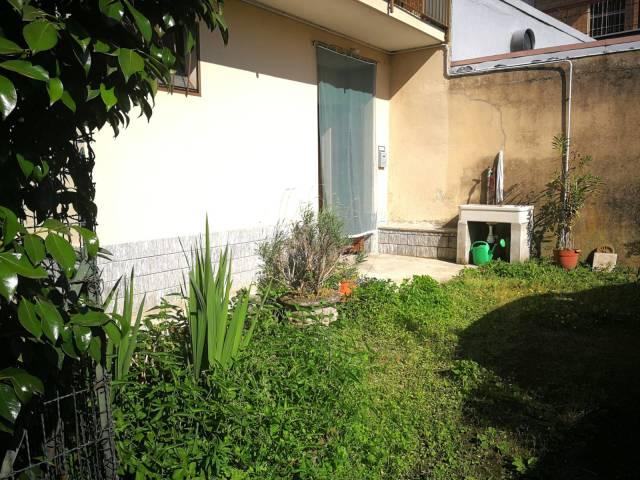 Appartamento in buone condizioni in vendita Rif. 6724902