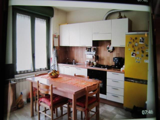 Appartamento in buone condizioni arredato in affitto Rif. 6726027