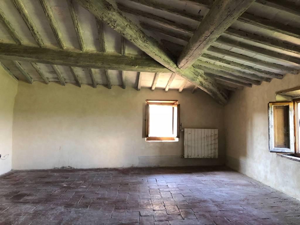 Delizioso appartamento nel centro di Castellina