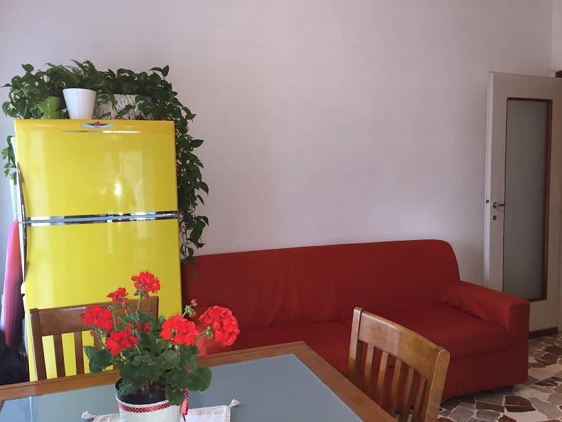 Appartamento in buone condizioni in vendita Rif. 6726825