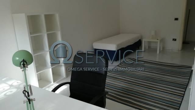 Stanza / posto letto in affitto Rif. 6729098