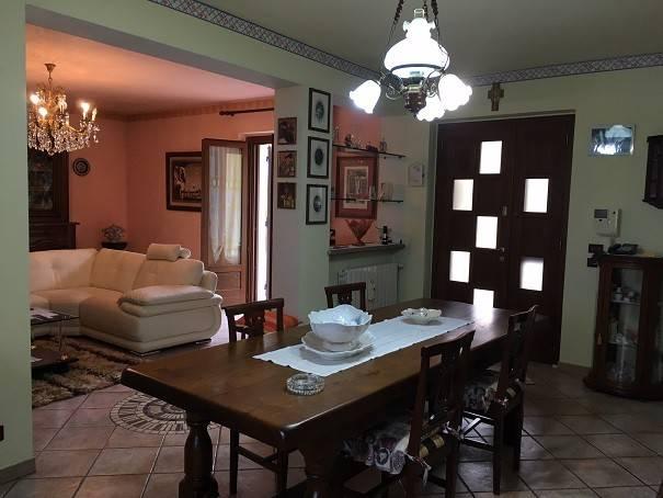 Villa in ottime condizioni in vendita Rif. 6727164